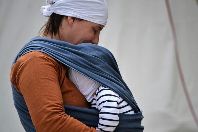 chusta elastyczna do wiązania niemowląt