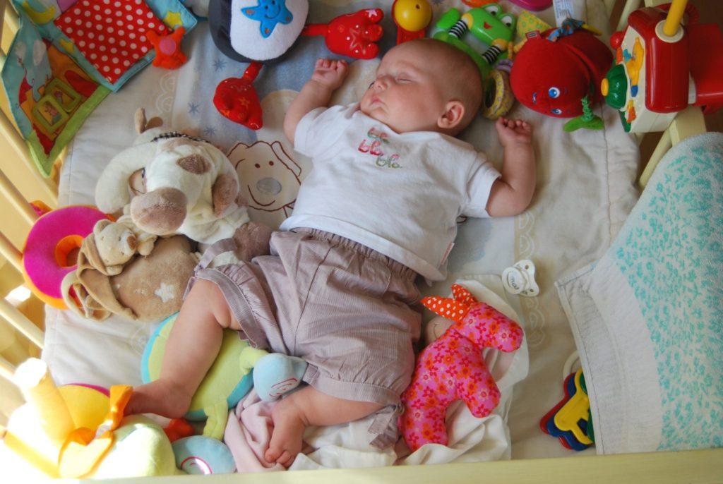 dziecko-zabawki